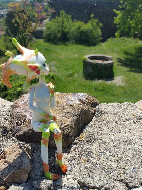 Galatéa (Dollzone Wendy) Château et nouvelle amie p1 28236181634_b3d6419ac8_z