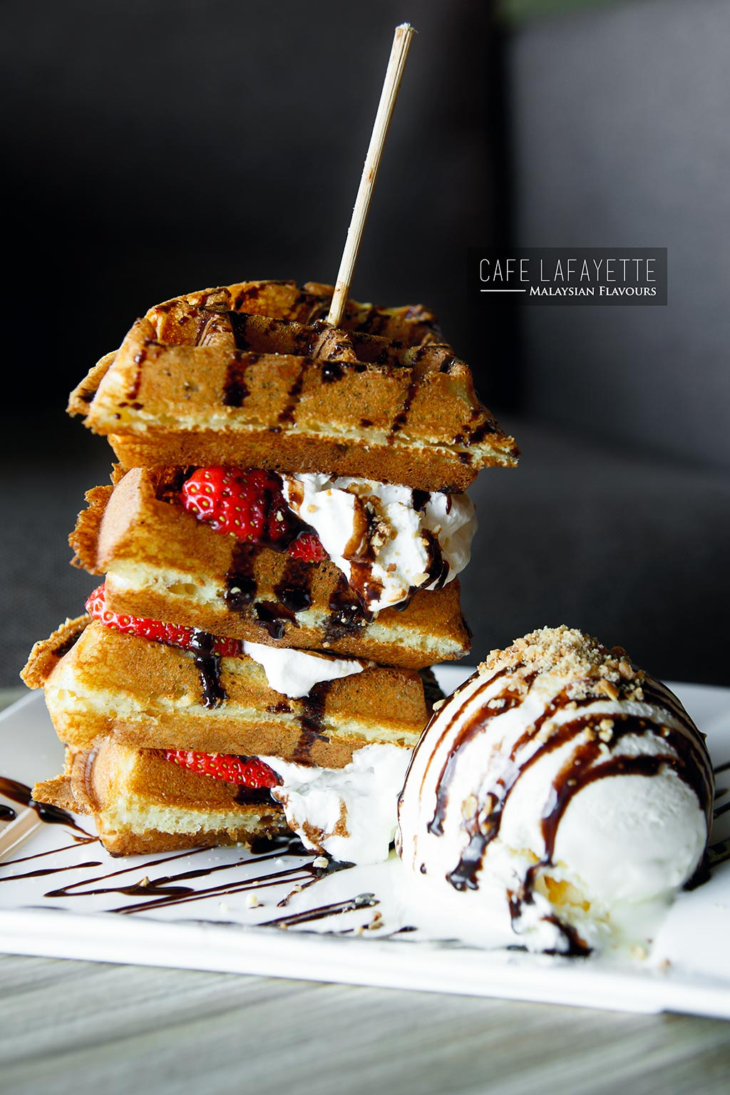 Cafe Lafayette Damansara Uptown strawberry stack