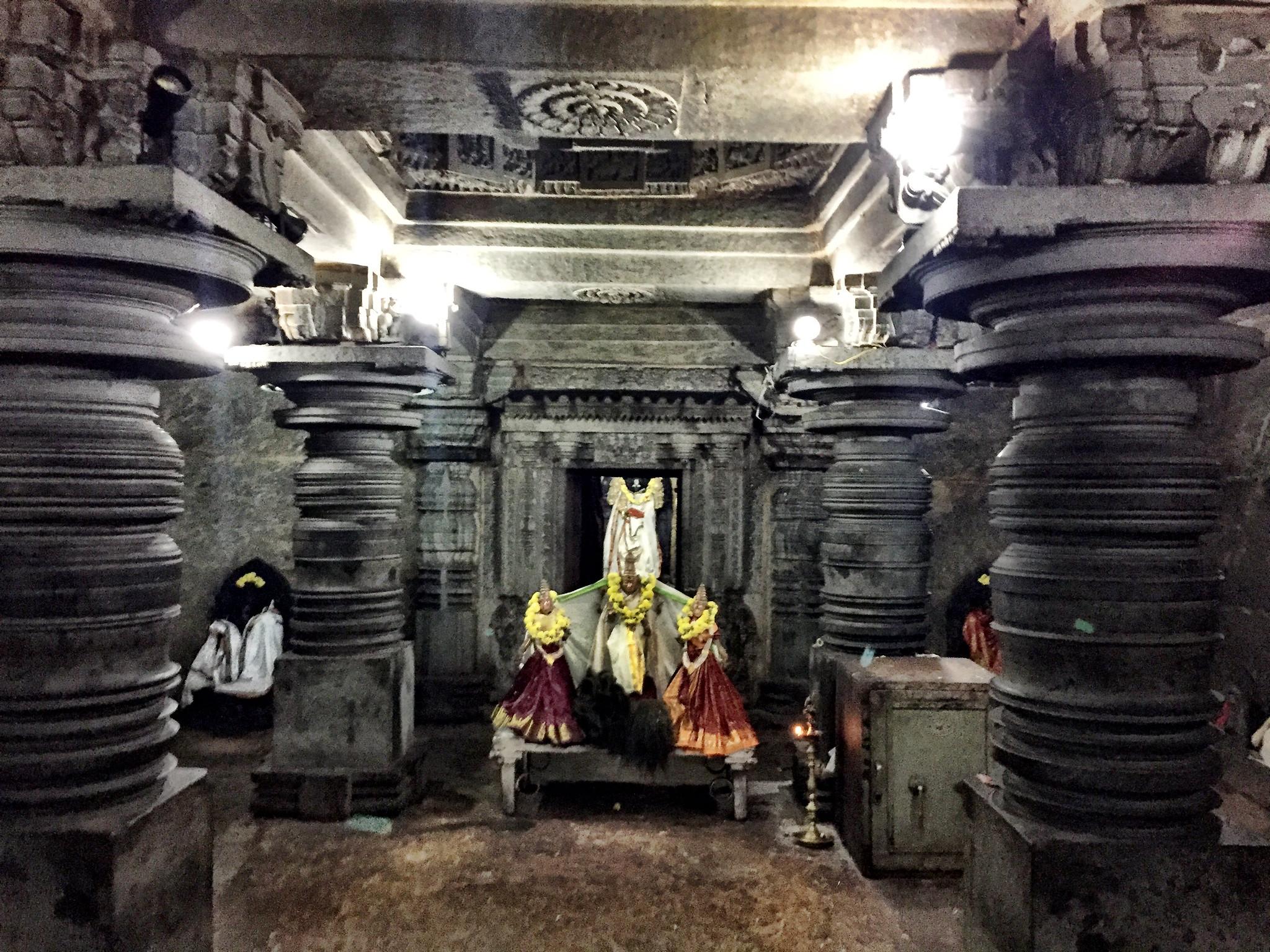Hoysala lathing