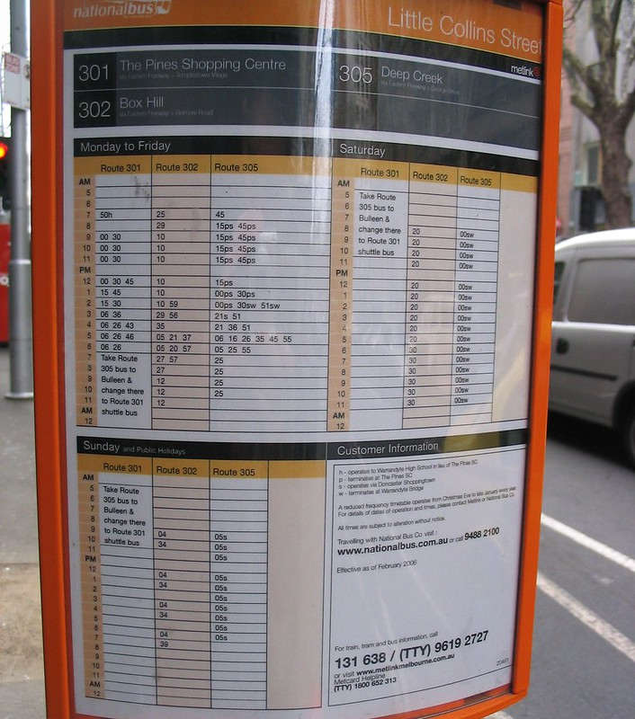 Queen Street bus timetable, before Smartbus took over (August 2006)