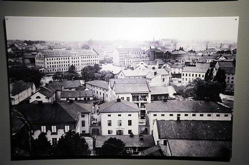 Utsikt över centrala Norrköping från Stadshustornet. Wilhelm Wiberg tog bilden 1876