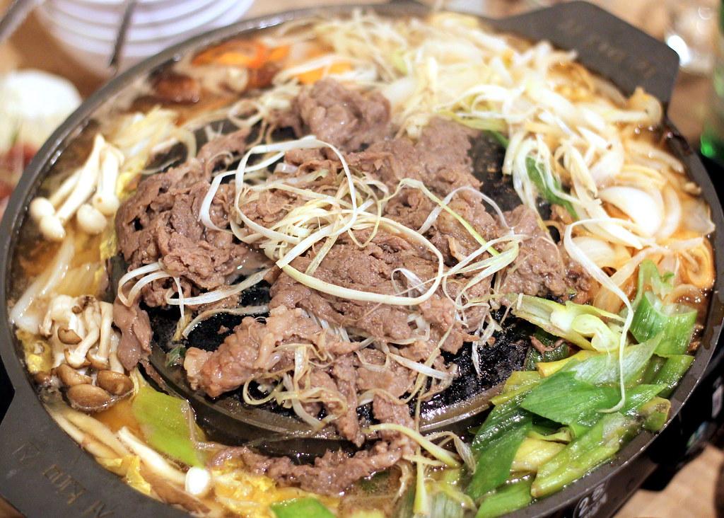 guksu-restaurant-bulgogi-jeongol-bbq-beef