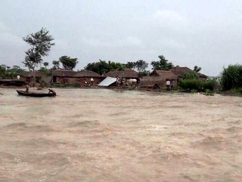 बिहार में बाढ़ से तबाही