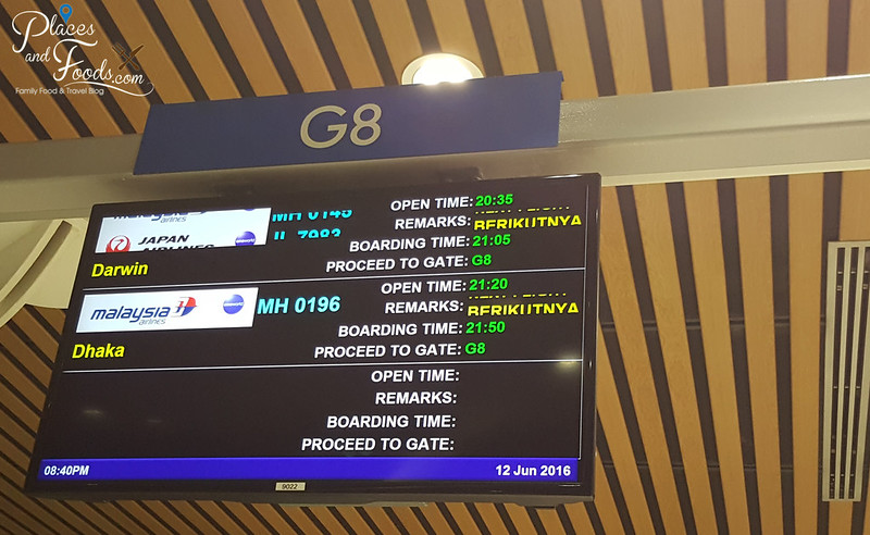 malaysia airlines darwin klia board