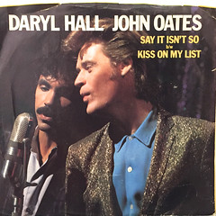 HALL & OATES:SAY IT ISN'T SO(JACKET A)