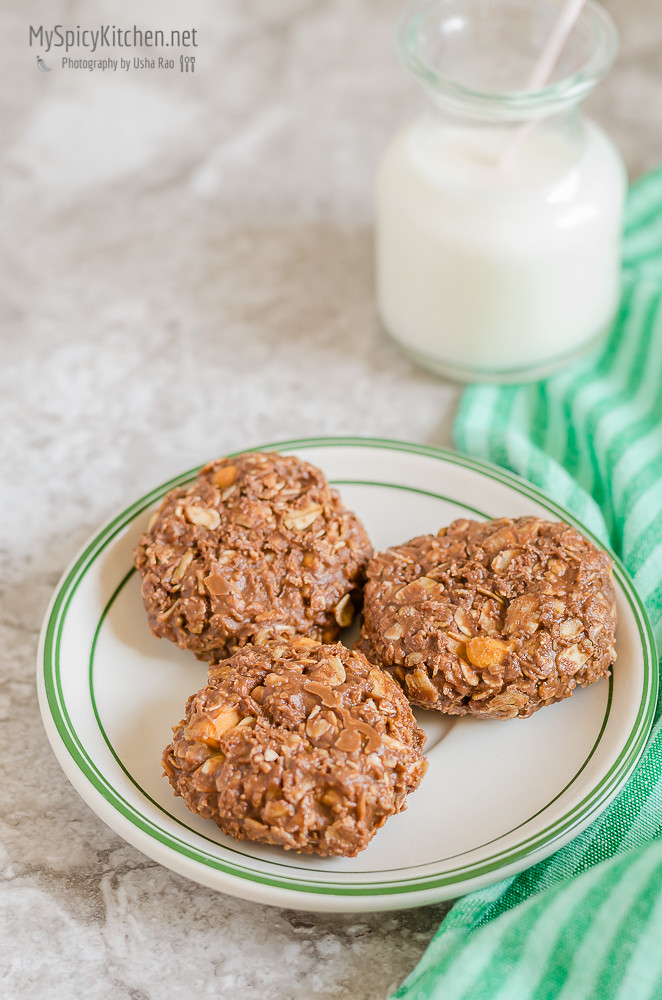 No Bake Chocolate Butterscotch Cookies, No Bake Desserts, No Bake Cookies, Chocolate Cookies, Blogging Marathon, Peanut Butter Chocolate cookies, No bake peanut butter chocolate butterscotch cookies, Oats chocolate cookies,