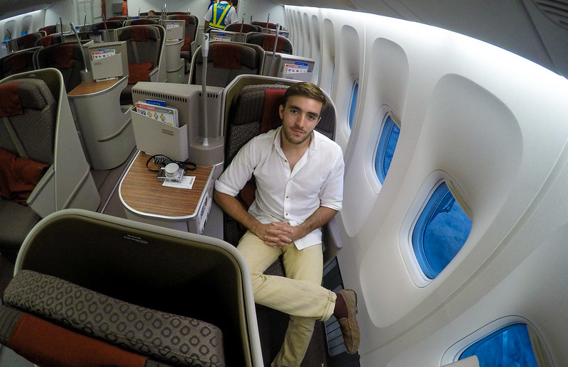 28337165442 35d28dbb8e c - REVIEW - Garuda Indonesia : Business Class - Bali to Jakarta (B77W)
