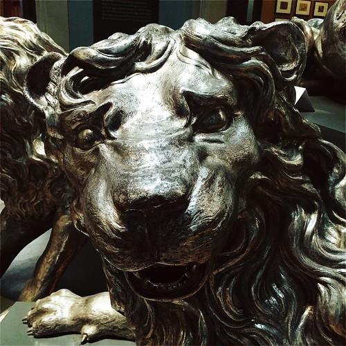 V&A lion