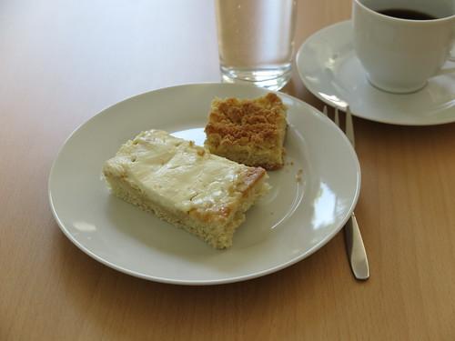Eichsfelder Zuckerkuchen und Streuselkuchen (bei einem Arbeitstreffen in Göttingen)