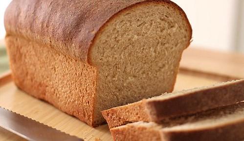 Покладіть хліб ухолодильник!