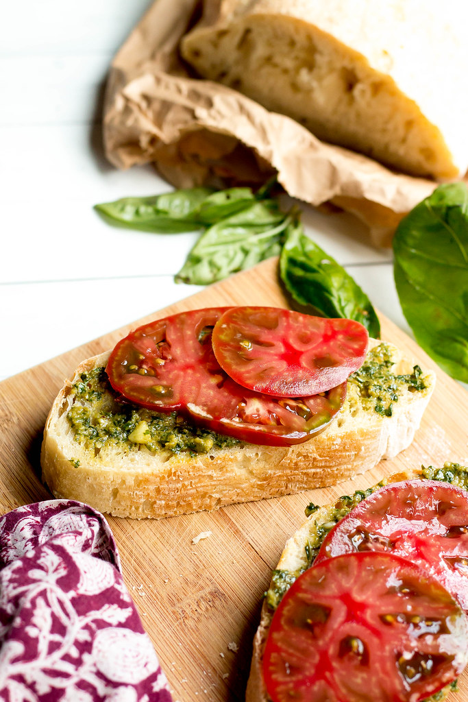 heirloom tomato tartines // handmade pesto