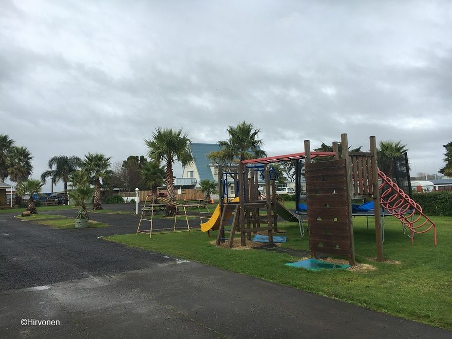 20160622-102043-NZ