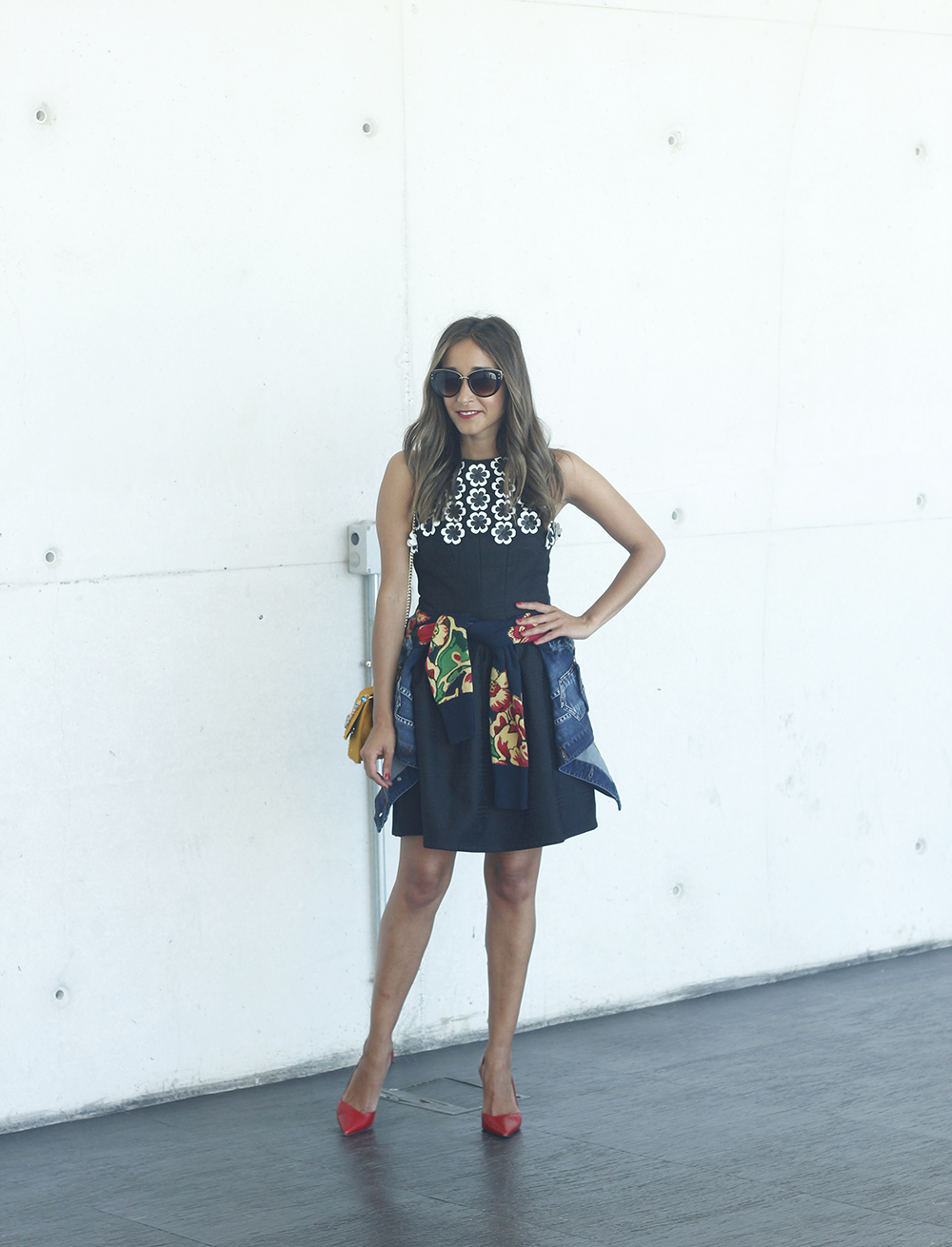 desigual black dress and denim jacket for fashion week madrid outfit fashion03
