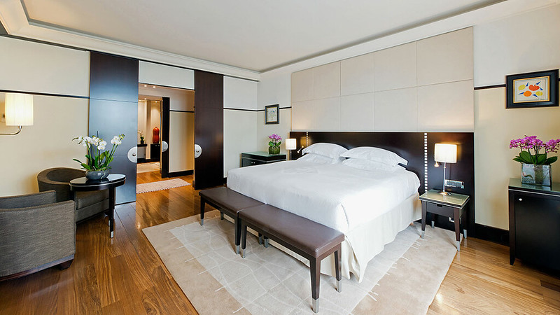 Master Bedroom at the Grand Hyatt Cannes Hotel Martinez
