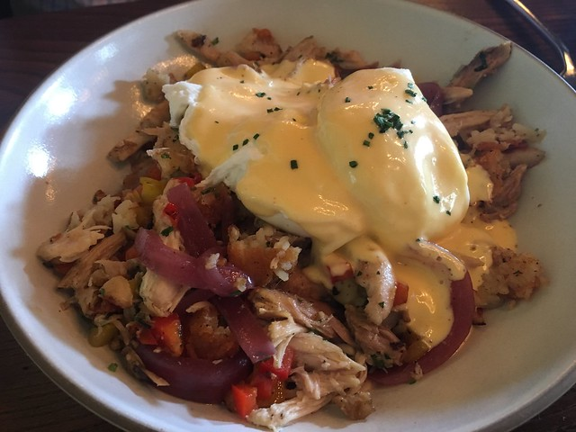 Chicken confit hash - Murray Circle