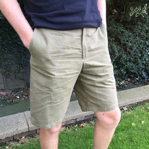 Kwik Sew 3884 - Linen Shorts