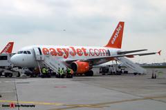 G-EZIT - 2538 - EasyJet - Airbus A319-111 - Milan - 160611 - Steven Gray - P1000100