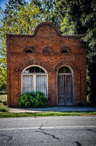 Lowndesville Bank-002
