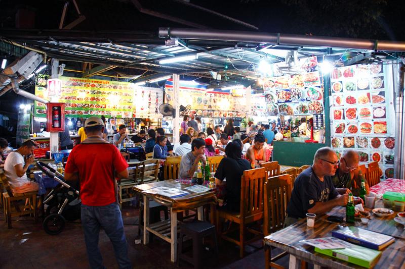 Anusarn Market Food Stalls Chiangmai