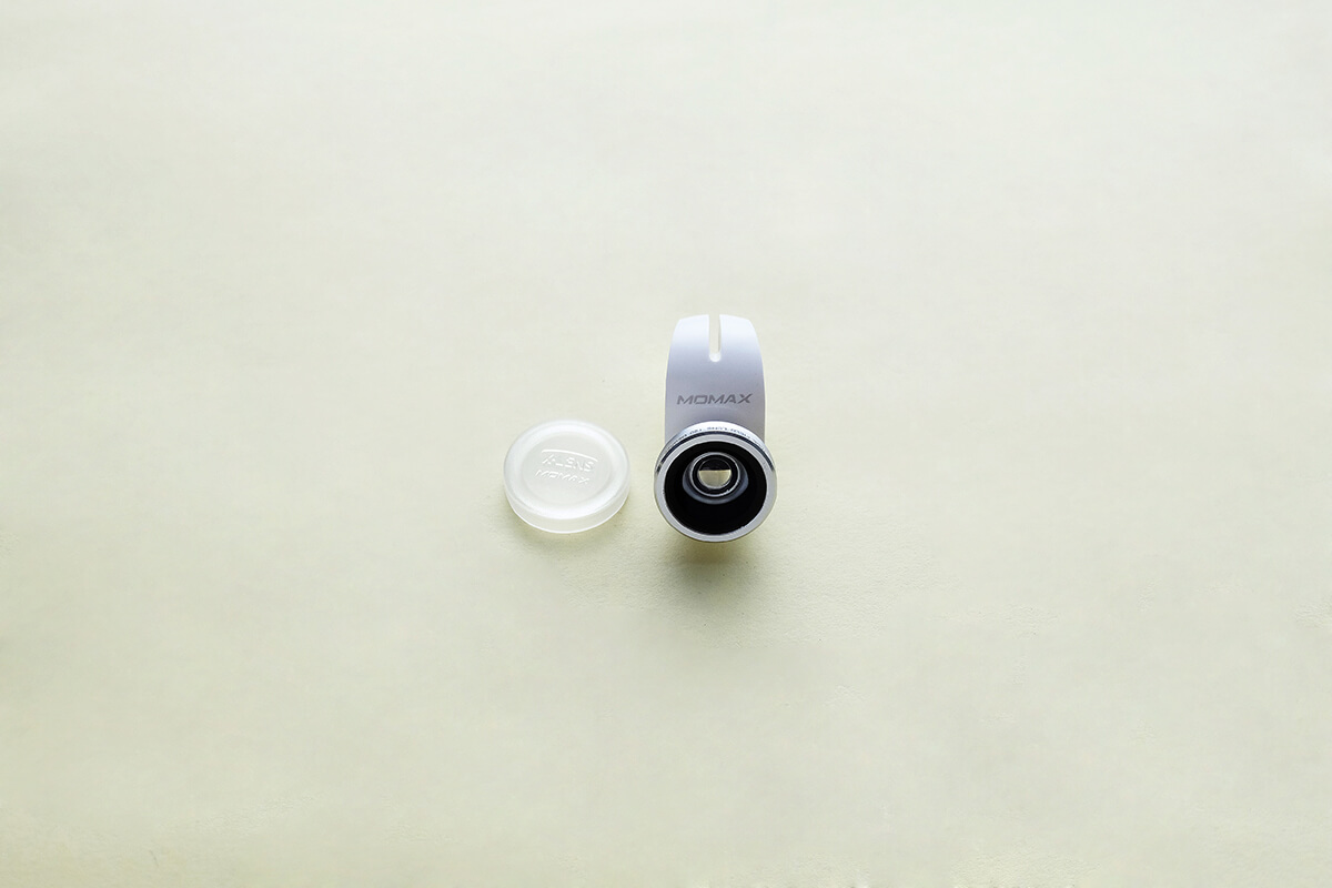Momax X-Lens Case