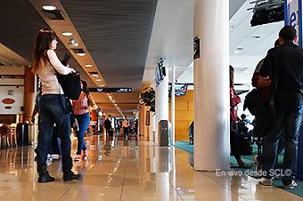 SCL pasillo internacional (RD)