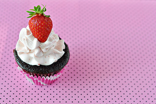 Chocolate Strawberry Cupcakes | by Courtney | Cook Like a Champion