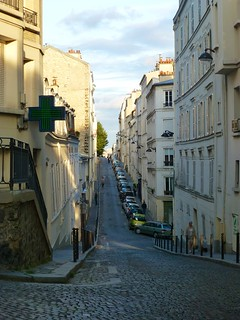 One of Montmartre's many alleys | by Elsie esq.