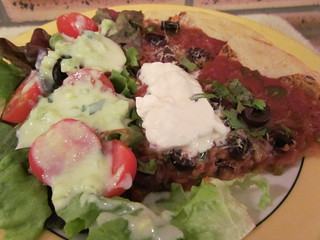 Spicy Southwestern-Style Pizza; Creamy Cucumber Dressing