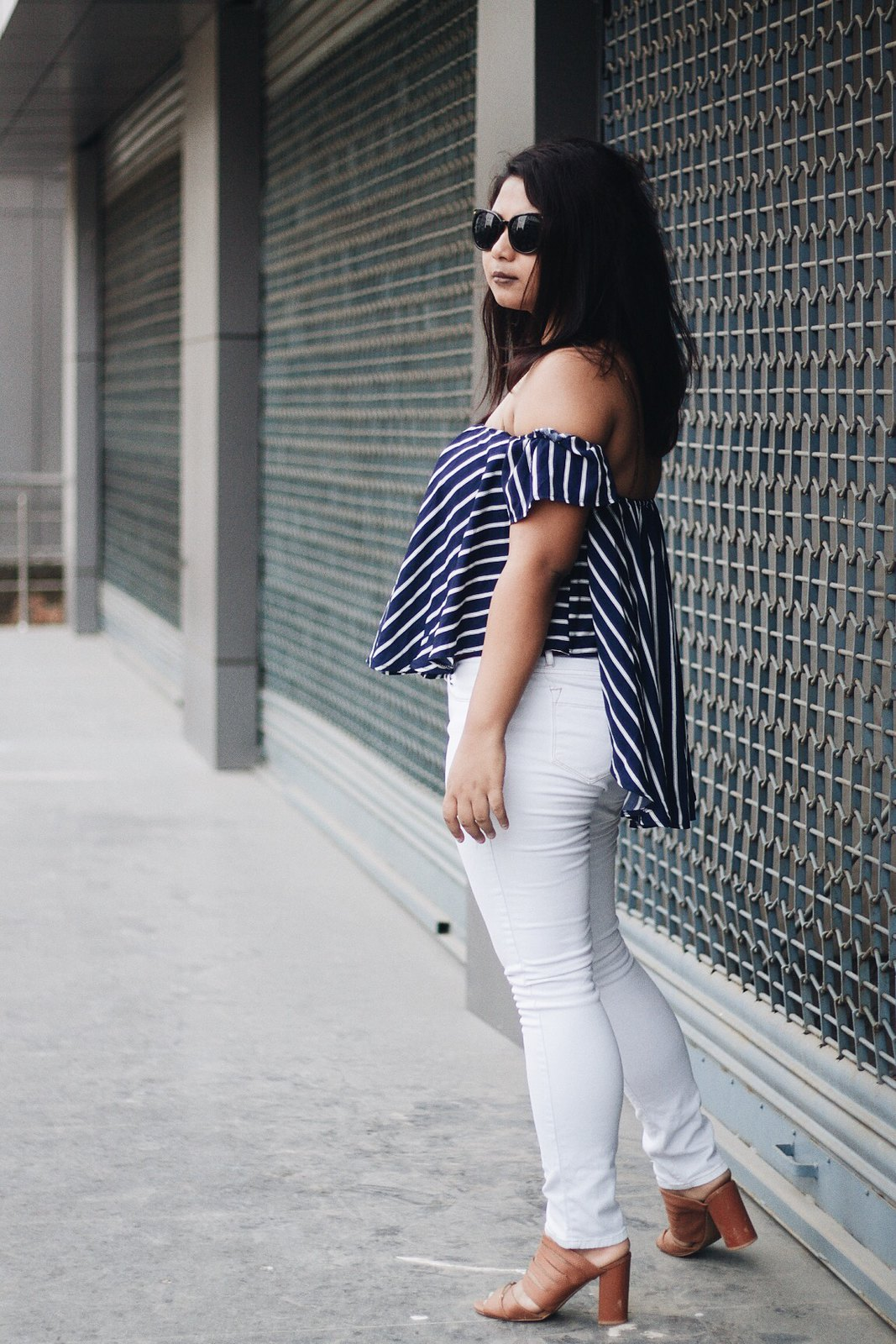 Selestyme wearing Rosegal Off the Shoulder top with white jeans