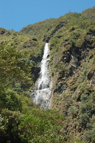 Waterfall (Velo de la Novia/Ducha de Diablo?) in Valle de Chanchamayo, Junín, Peru
