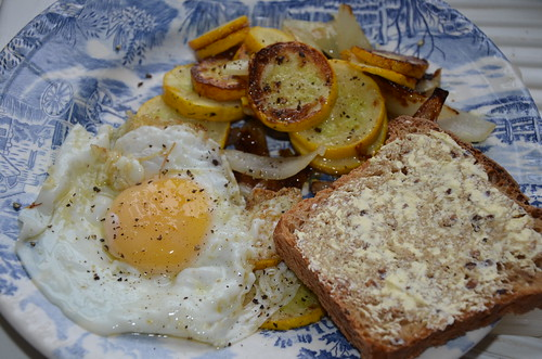 fried egg and courgette Aug 16