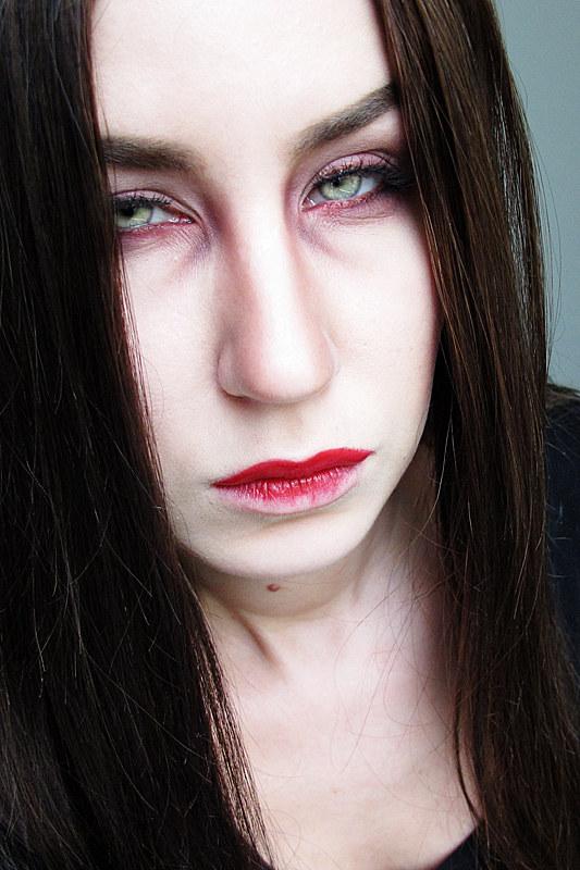 1255_vampire_10-2