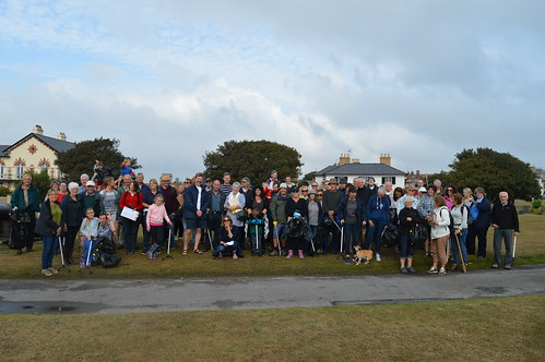 Adnams September beach clean 2016
