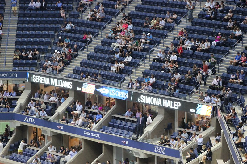 2016 US Open QF: Serena Williams defeats Simona Halep | by Michael C Dunne