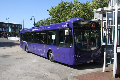First Hampshire & Dorset 69548 BF12KWJ