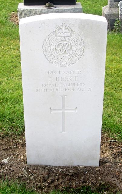 Markinch War Grave 3