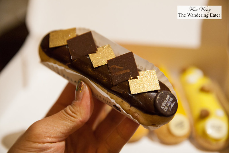 Chocolate Noir eclair