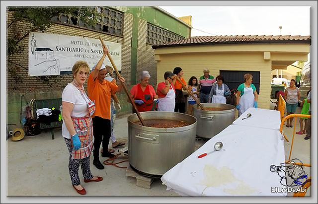 Briviesca en Fiestas 2016 Jira campestre, entierro de San Roquín, subida de las blusas y traca Fin de Fiestas 2