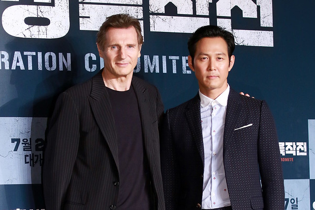 liam-neeson-lee-jung-jae-star-daily-news