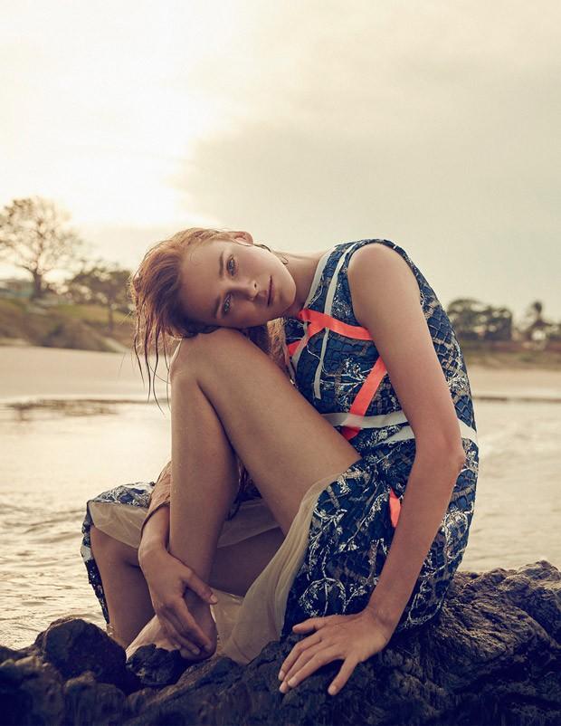 Carmen-Kass-Vogue-Ukraine-An-Le-11-620x802