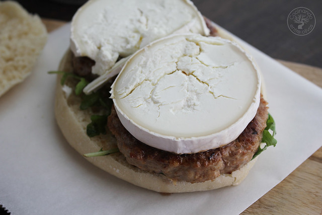 Hamburguesas de cordero con mango y queso de cabra www.cocinandoentreolivos.com (17)