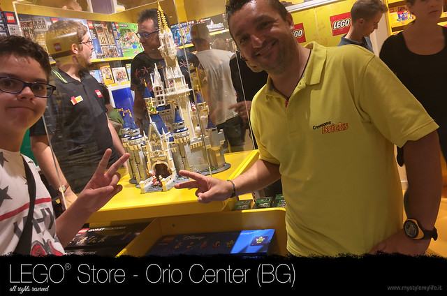 Lego Store 8 - Orio Center (BG)