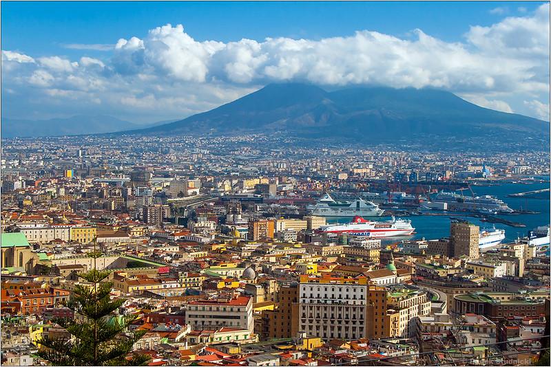 Neapol w cieniu Wezuwiusza