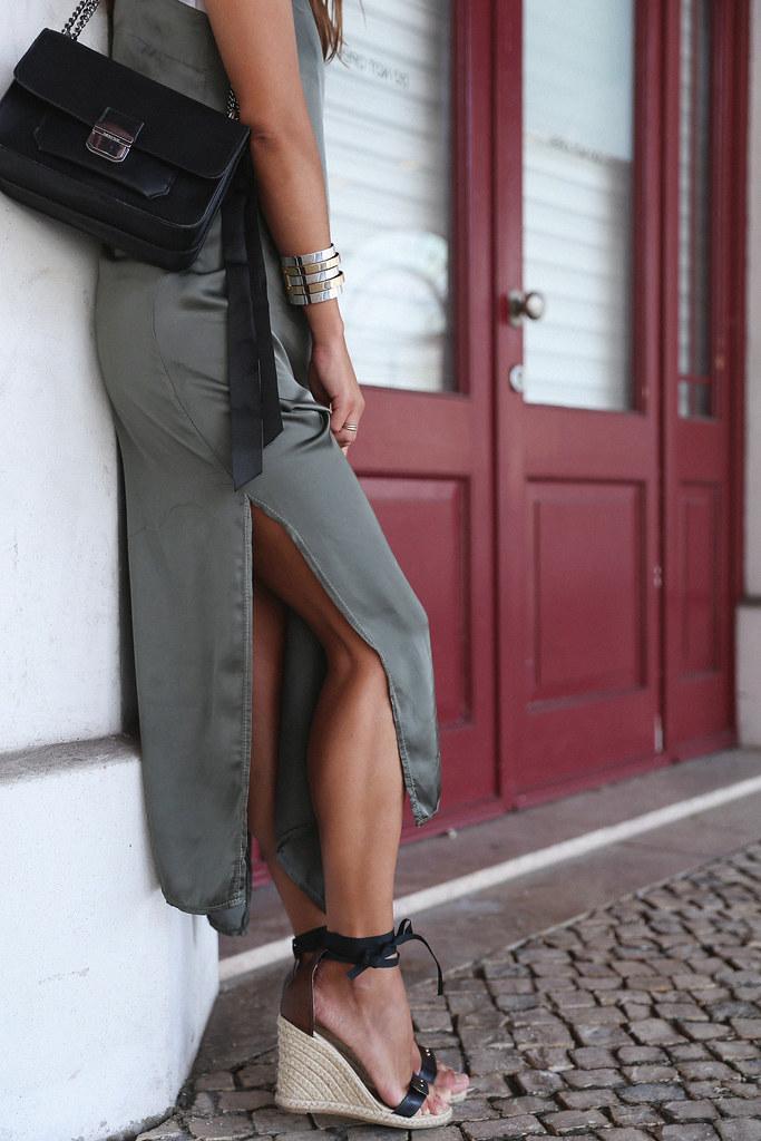 Jessie Chanes Seams for a desire Lisboa Parfois overlaid dress-5