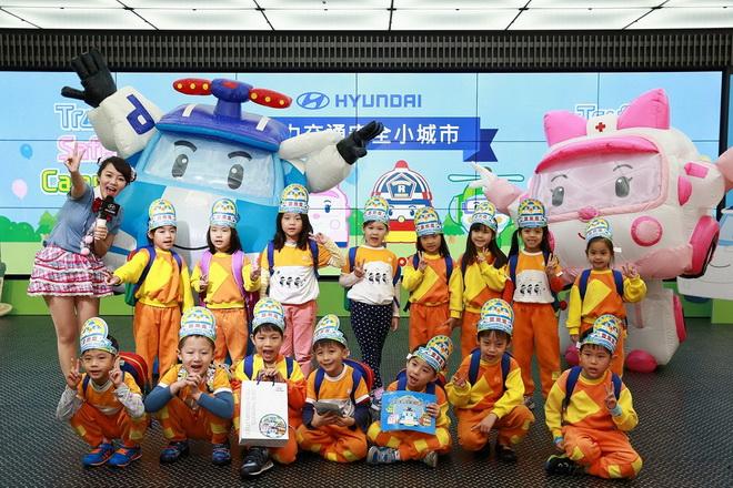 南陽實業今年規畫「HYUNDAI POLI City波力交通安全小城市」系列活動,吸引超過1,300位大小朋友熱情參與。