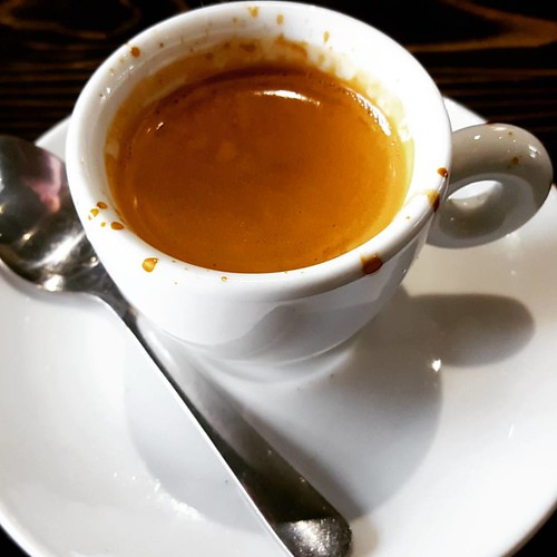 Espresso @caffedbolla ! A perfect way to start the day.