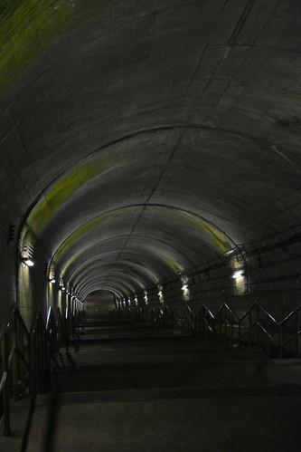 土合駅:地下へ続く階段