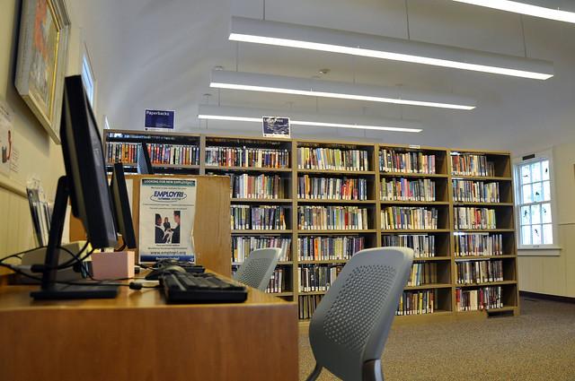 Cranston Public Library: Oak Lawn Branch