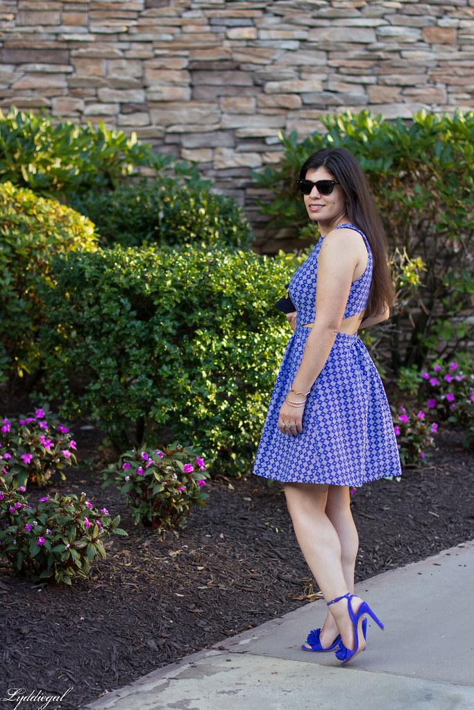 blue print cutout dress, fringe pumps, clare v clutch-3.jpg