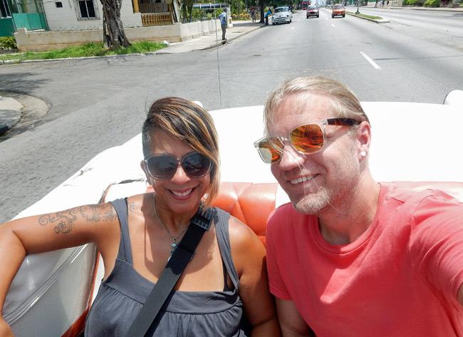 cuban-taxi-classic-car-convertible